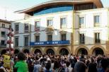 Castellers en el txupinazo de las Fiestas del Carmen 2016